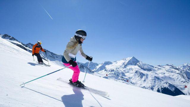 ACT_ski_piste_cabine-glacier_E-Sirparanta